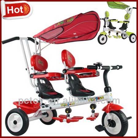 Tricycle pour jumeaux