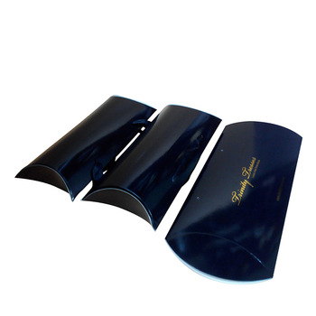 Bundle hair packaging extension pillow boxes with Handle black packaging box with gold logo printing for weave hair packaging