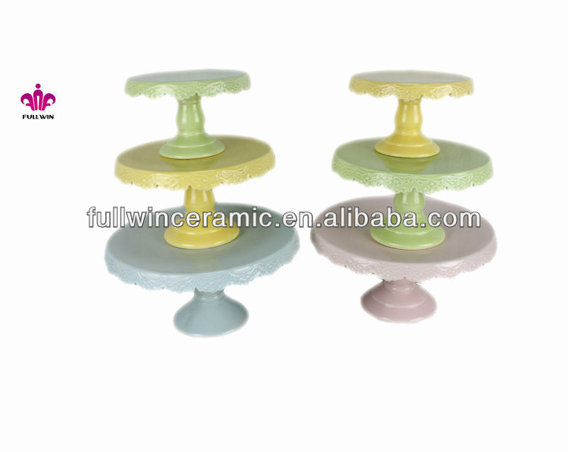 Customized ceramic wedding stand for cake in solid color