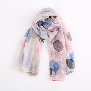 Wholesale Custom Autumn Spring Tree Leaf Pattern Shawls Scarves Soft Thin And Light Hijab Scarf For Women
