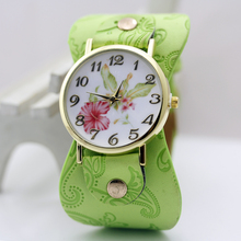 2015 New Arrival Printed leather Bracelet Wristwatch Wide band Dress Watch with flowers Fashion Women Casual Watch girl's gift