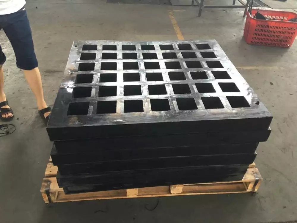 No.1 nature rubber Vibrating Screen Mesh Plate for mine industry
