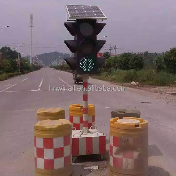 Wholesale Solar Powered Traffic Signal Light For Warning
