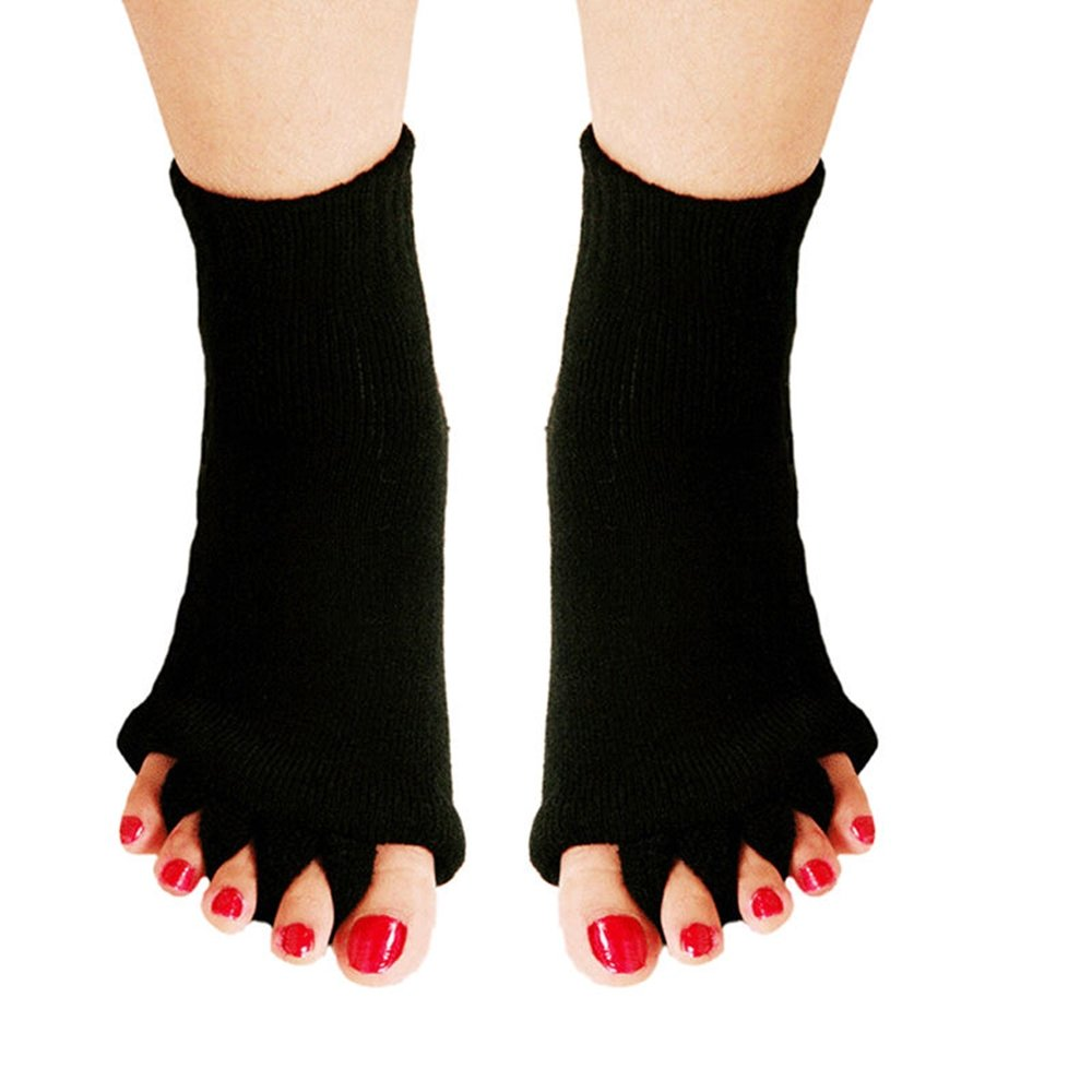 bf93e7d1024e Get Quotations · Bcurb Toe Alignment Socks Stretch Tendon Pain Relieve -  Gel Lined Toe Compression Socks - Gel