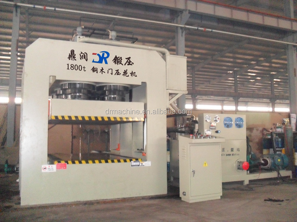 Hydraulic press machine for sheet metal door forming with cold press