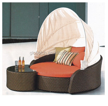 Weather Proof Outdoor Rattan Patio Furniture Round Outdoor Lounge Bed With  Canopy