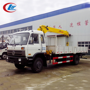 DONGFENG 4*2 190HP telescopic boom truck mounted crane used for lorry