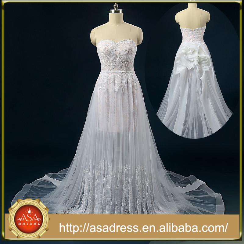 Robe de mariee avec bustier a lacet