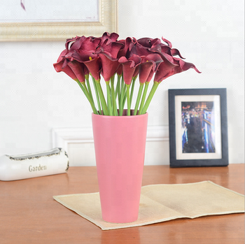European calla flower Item name and Valentine's Day Occasion