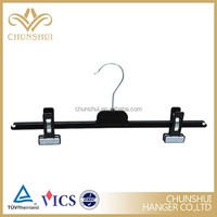 PM36 plastic pant hanger with adjustable clips