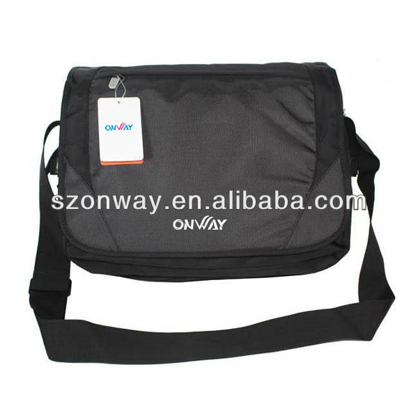 New arrival 600D men messenger bag with high quality