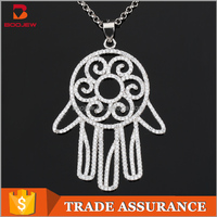 Customized platinum plated white gold Palm shape pendant 925 silver women pendant