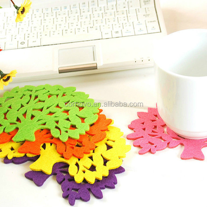 Hot Food Non Woven Felt Fabric Custom Printing Decorative Leaf Table Mat