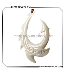 Hot selling handmade dragon fish hook carved genuine ox bone pendant for necklace