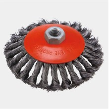 Twisted knot bevel wire cup brush