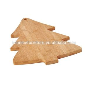 OEM Service FSC Certificated Cost Effective Christmas Tree Shape Cutting Board