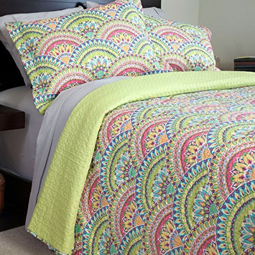2 Piece Girls Rainbow Floral Quilt Twin Set, Pretty All Over Tribal Sun Set Flower Bedding, Cute Multi Pastel Color Scale Moroccan Flowers, Light Baby Blue Green Pink Yellow Purple
