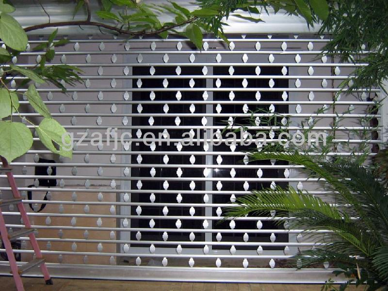 Beau Roll Up Grille (1)