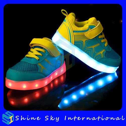 Switch button control led shoes roller-skating,leather led shoes China wholesale lace up high heel shoes