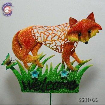 Garden Decorative Animal Welcome Sign Garden Stake With A Golden Fox