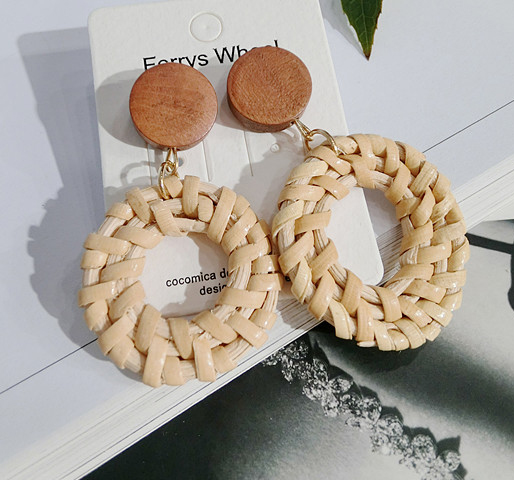 Popular Bamboo Woven Geometric Hollow Earrings
