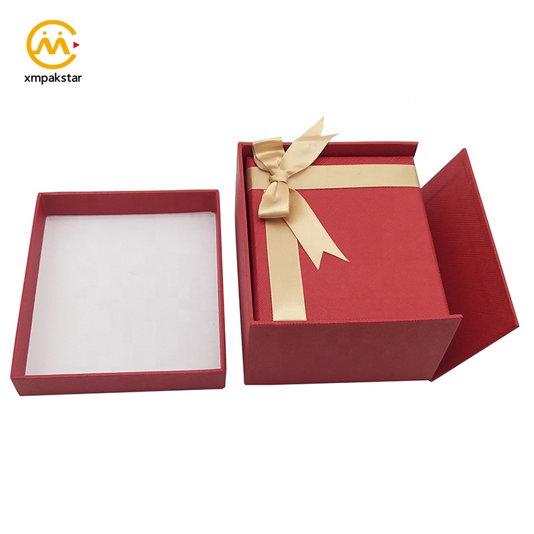 Factory wholesale customized storage different kinds of Christmas cardboard gift box