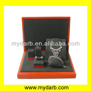 Hot sell alex velvet jewelry displays box