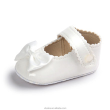 China Wholesale Sweat Leather Baby Shoes Flat Bottom Flower Cheap Kids Shoes