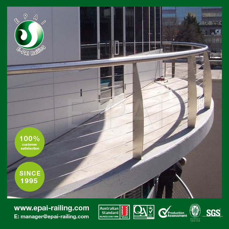 Stainless steel outdoor railing design with rod
