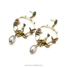Maveric Vintage Pearl Earrings Classical Alloy Bird Shape Stud for Women Girl Jewelry