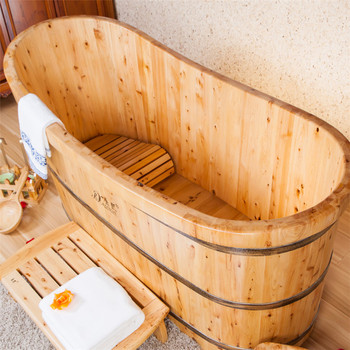 Hot Sale Freestanding Wooden Bathtub With Massage Function Whirlpool Cedar