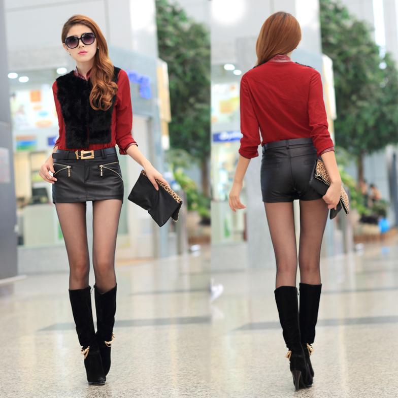 Model Short Skirt 120