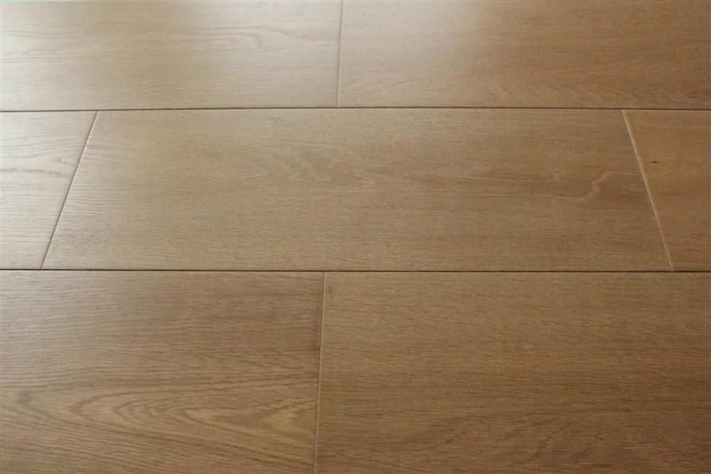 Hot sales best price rustic wide plank oak hardwood for Buy unfinished hardwood flooring