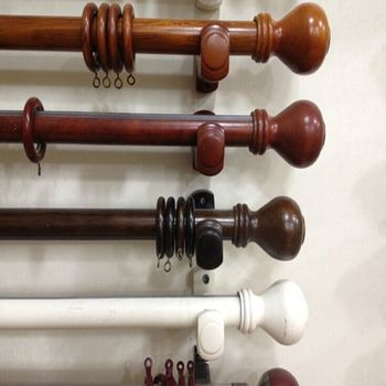 Wood Curtain Rod With Fashionable Finalsrings Brackets Include