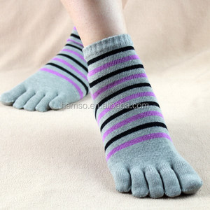 china custom sock manufacturer five toe sock