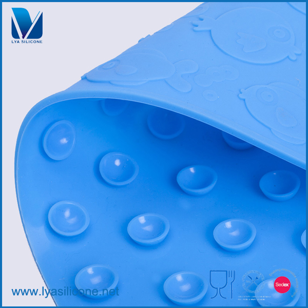 Custom Lovely Silicone Magnio Mat With Suction Bottom For Baby Bathtub