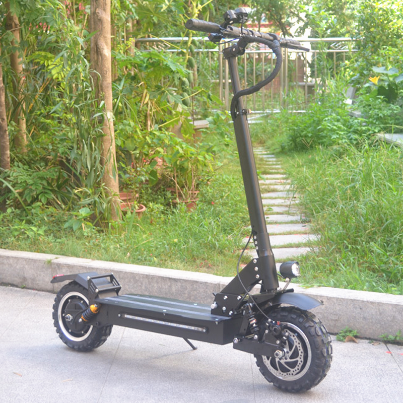 Dual Motors 11 inch 60V 2400W 3200W Off Road Tire Foldable electric scooter adult with C shape Damping