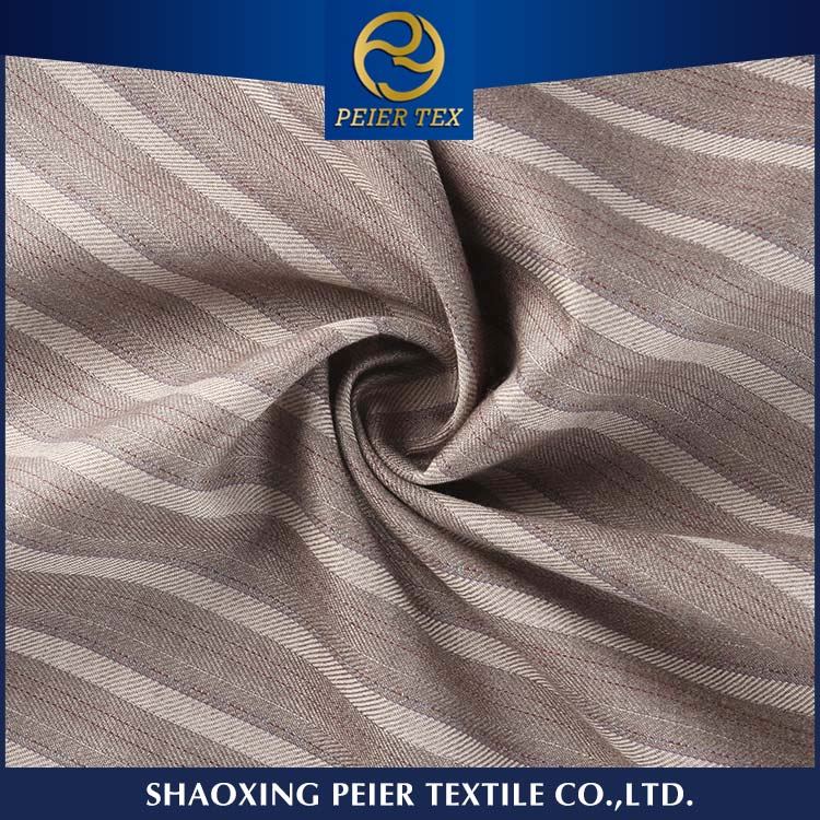 2017 popular soft 100% polyester suiting fabric for garment