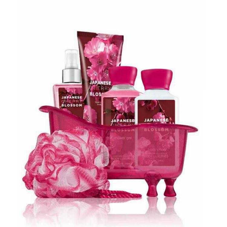 OEM/ODM Japanese cherry blossom perfume bath spa gift set with bath ball