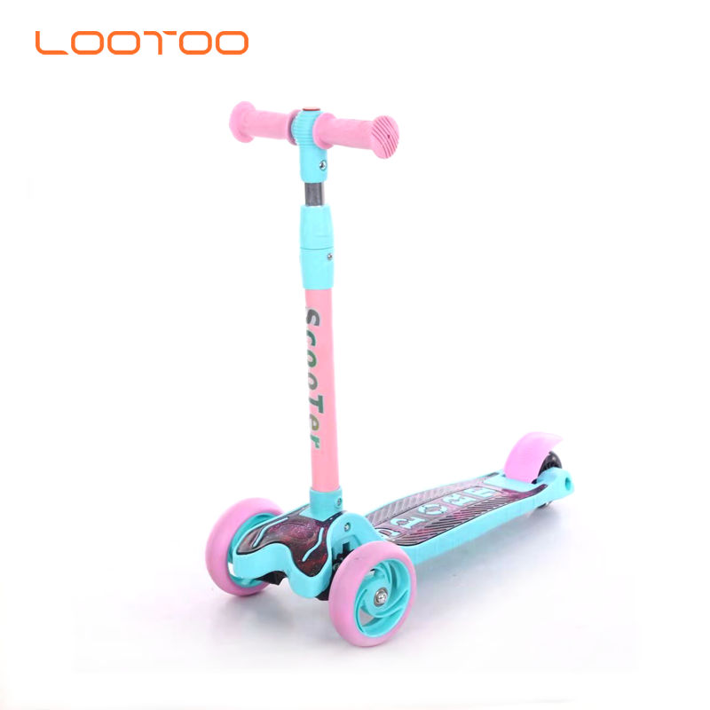China manufacturer supply cheap price 21 flashing wheel foldable kick scooter for children 3 wheels