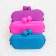 Factory price food grade silicone lipstick pouch, lipstick bag
