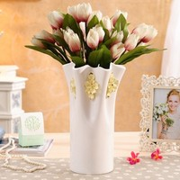 China factory Wholesale indoor emboss vases flower ceramic modern decorative vase for gift
