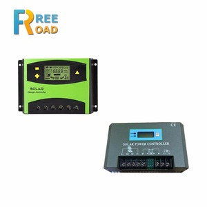 Solar charge controller for traffic signal light system