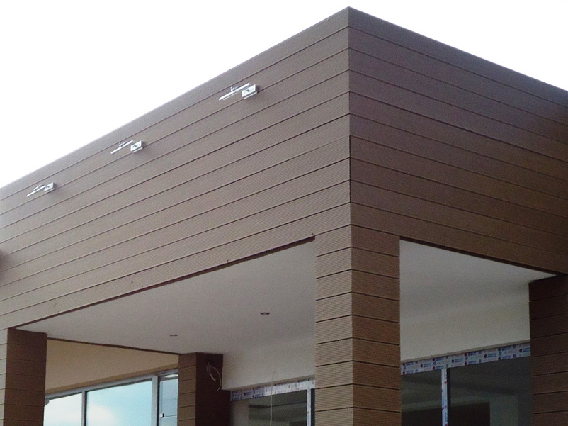 Modern Exterior Wood Plastic Composite Decking WPC Facade Wall Cladding Building Materials