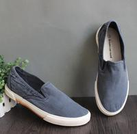 Custom slip on mens shoes washed canvas upper skid-resistant sole sneakers