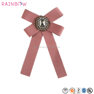 2018 New Fancy Crystal Ribbon Bow Charm Brooches Pins
