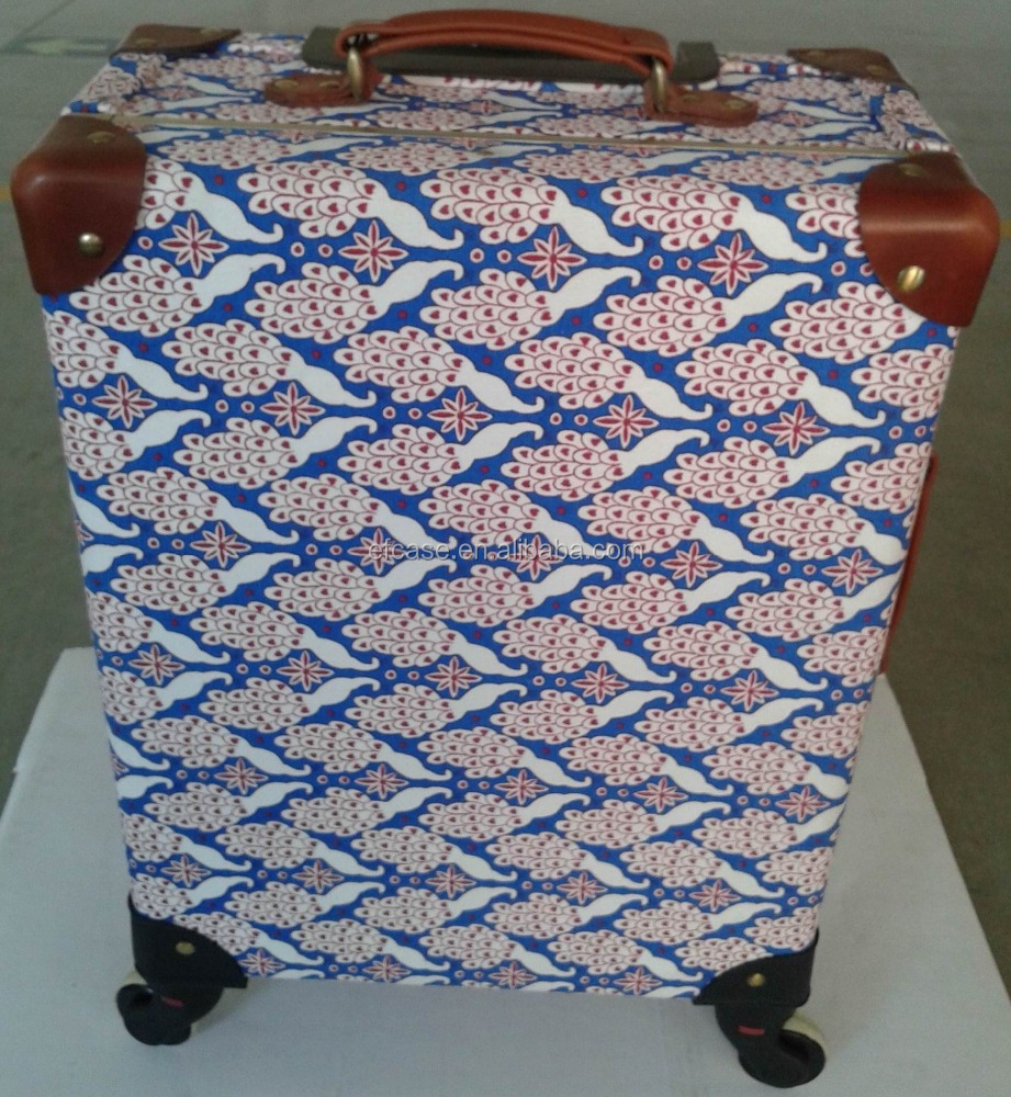 18' PEACOCK PATTERN TROLLEY TRAVERL CASE