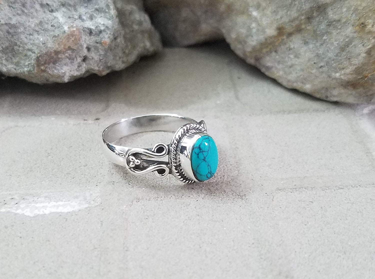 Turquoise Ring.925 Sterling Silver.Excellent Stone Ring.Royal & Charm Ring.Handmade Ethnic Gypsy Ring.Casual Ring.Elegant Ring.Classic Modern Design.Romantic Statement Ring.Bohemian Tribal
