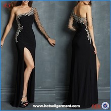 Latest Long Sleeve Side Slit Black Evening Dress Low Back Dress with Crystals