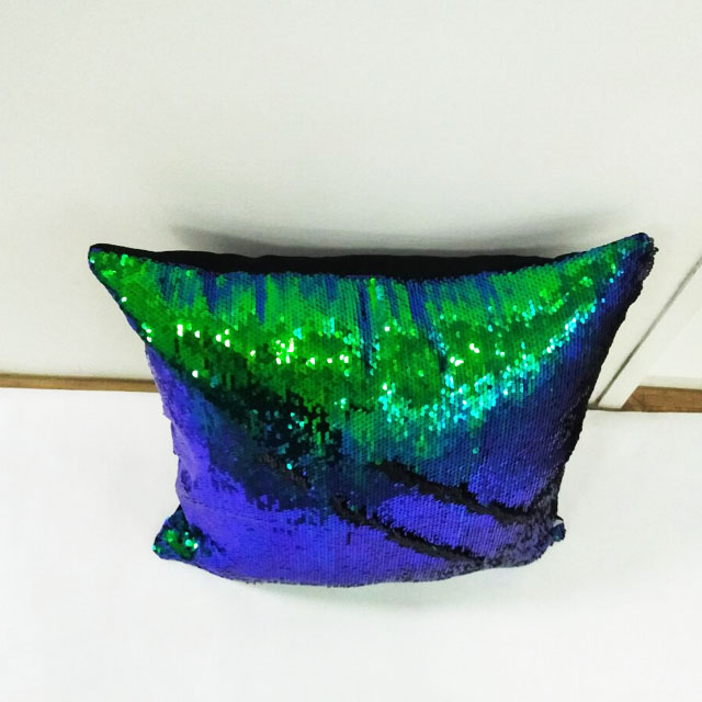 Attractive Velvet Sequin Pillow Case Magic Reversible Sequin Pillow Cover Throw Cushion Case